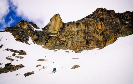 Backdoor Bangaroo Ski Tour