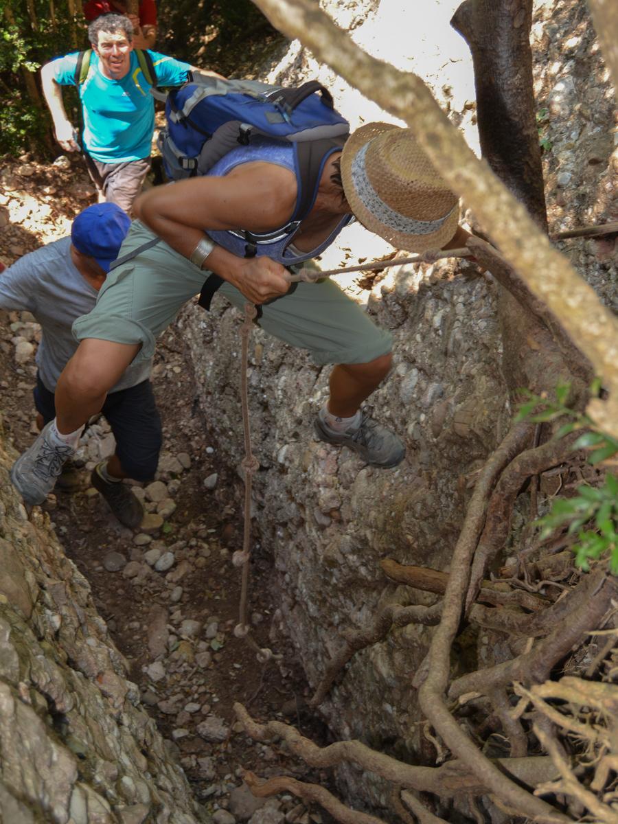 Travessa Agulles i Frares Encantats, Montserrat 19