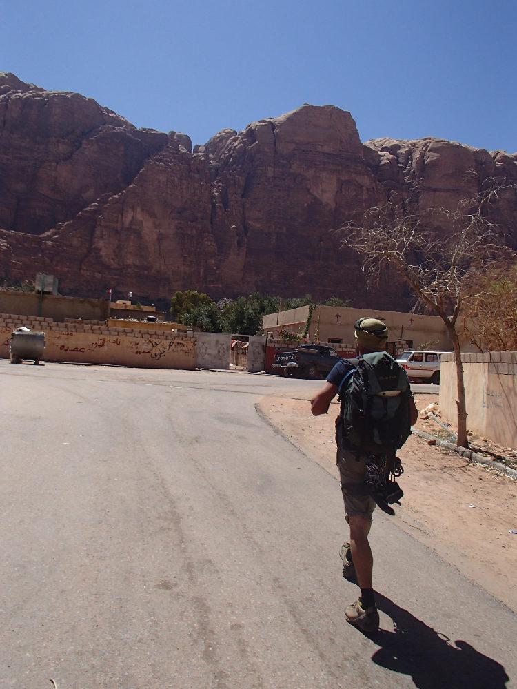 2. approche depuis le village