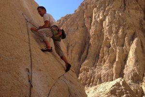 5 à 7 sur le Fer à Repasser, wadi Naqab, Émirats 36