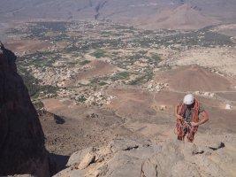 En attendant les lents, Al Hamra Tower, Oman 15