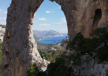 L'Arco di Roccia s'Arcada de s'architieddu Lupiru !