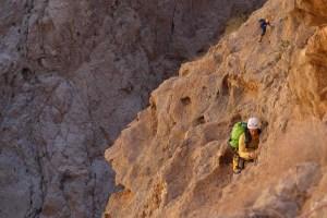 Mibam à Umq Bir, sentier bédouin, Wadi Tiwi, Oman 18
