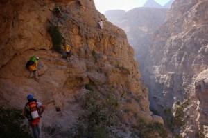 Mibam à Umq Bir, sentier bédouin, Wadi Tiwi, Oman 24