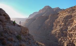 Mibam à Umq Bir, sentier bédouin, Wadi Tiwi, Oman 28