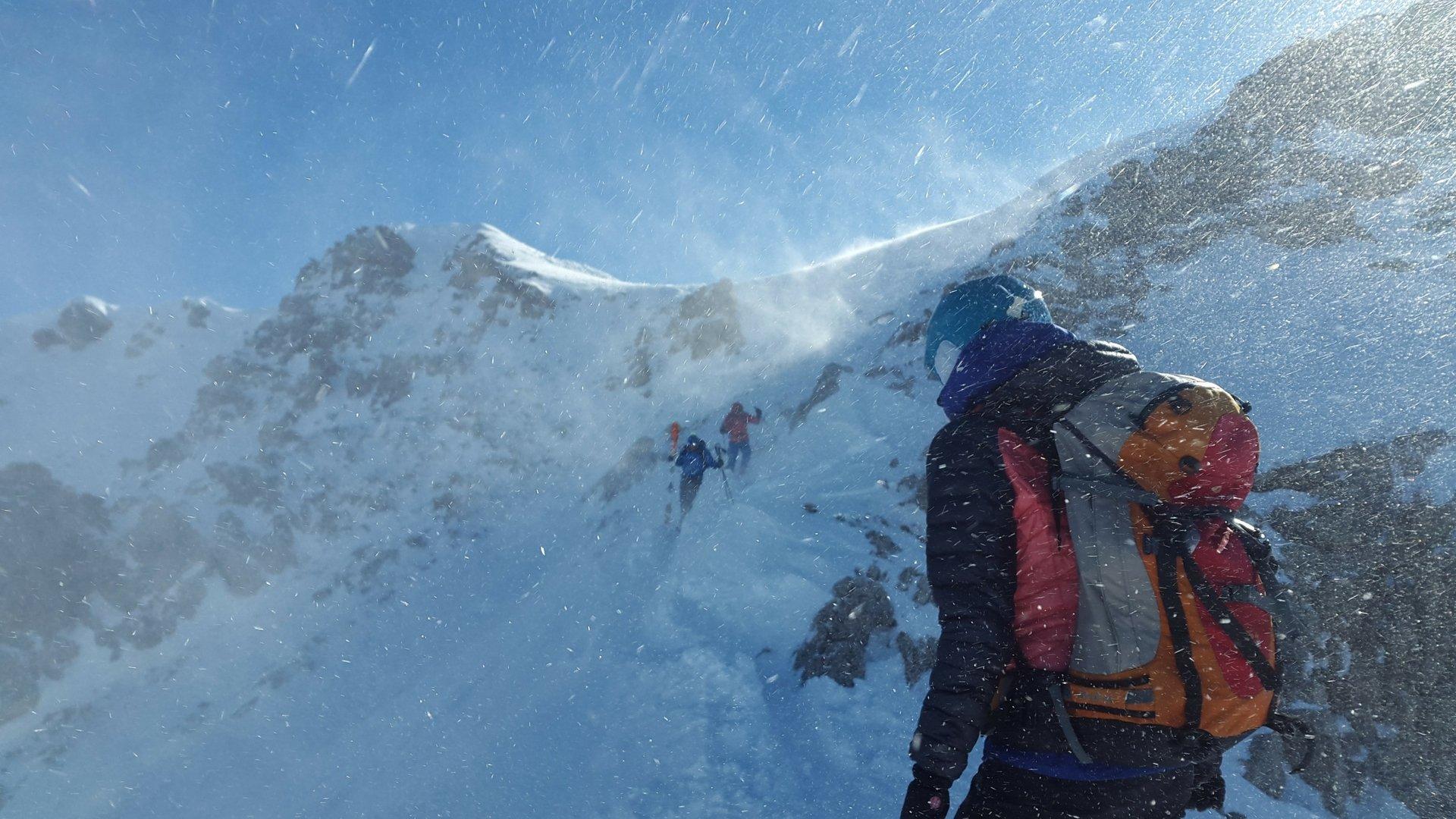 Zimowy kurs turystyki wysokogórskiej dla osób początkujących