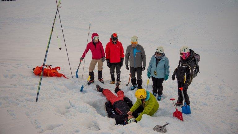 Kurs zimowej turystyki wysokogórskiej, poszukiwanie osoby zaginionej w lawinie
