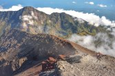 To go Summit of Mount Rinjani 3726 m