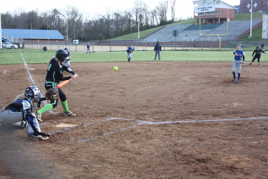 04-102018 Jayme Salyer cracks double to left center field in Eastside's softball win over Thomas Walker