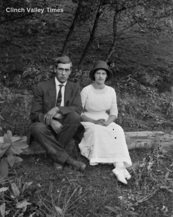 IMG_4768 Man & Woman