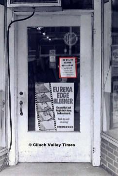 stores closed (3)