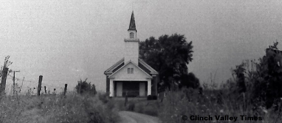 NimoFilm_1569 Brick Baptist Church