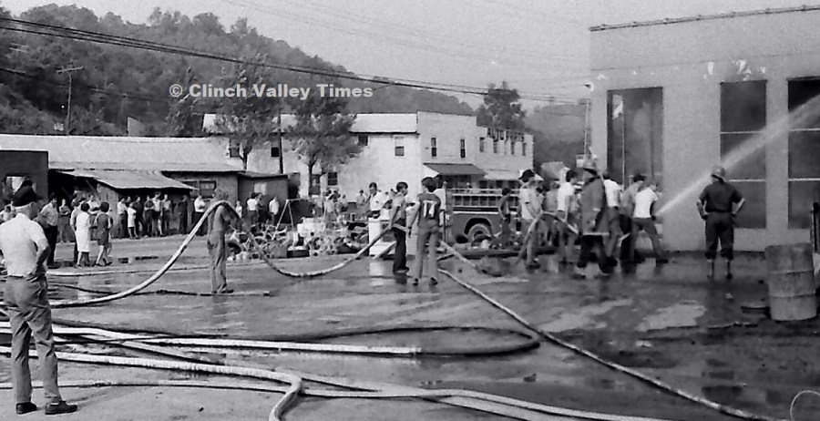 NimoFilm_1441 Tri-County Tire fire