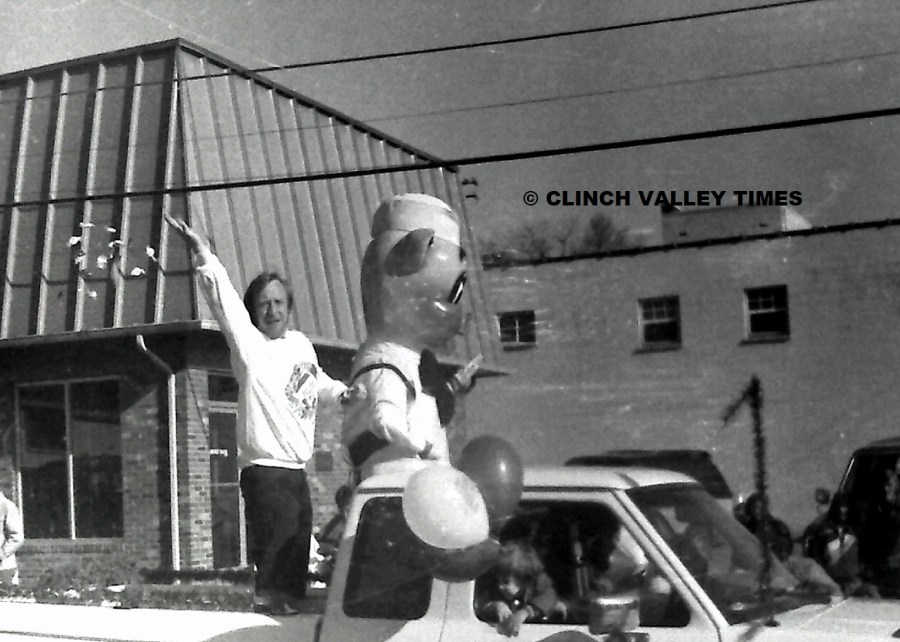 NimoFilm_6736 1989 St. Paul Christmas Parade