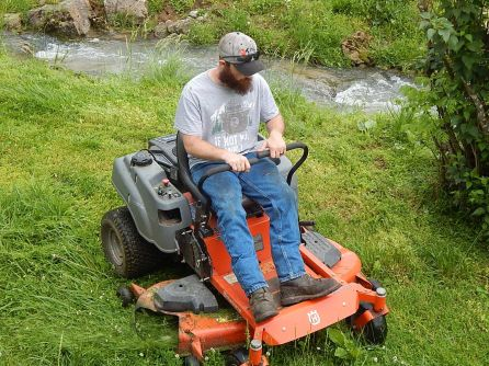 MOWING 05-25-20 A