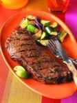 Entre las patologías que pueden provocar las dietas altas en proteínas destaca la nefrolitiasis, es decir los cálculos renales o piedras en el riñón.