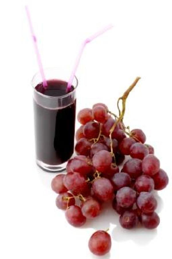 La industria farmacéutica intenta reproducir los efectos saludables del vino con pastillas basadas en uno de sus componentes: el resveratrol.