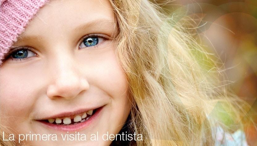 ¿Cuándo deben ir por primera vez los niños al dentista? | Mallorca Dental