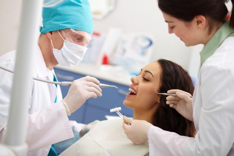 Implantes Dentários – Soluções Rápidas para a Perda ou Ausência de Dentes