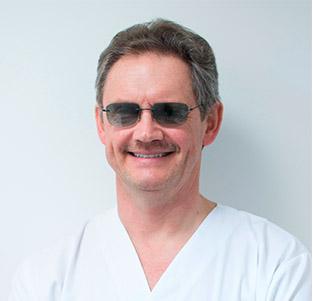 Dr. Pedro Hernández