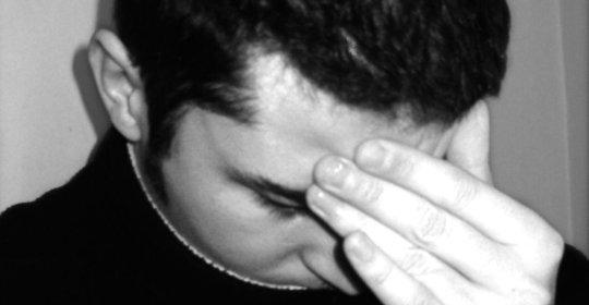 ¿Cómo afrontar y conocer los síntomas del suicidio?