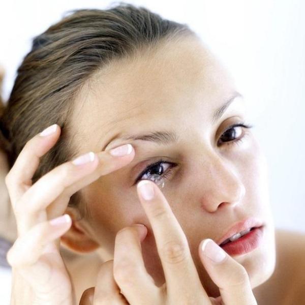 Как снять линзы с глаз: подробная инструкция, подготовка к ...