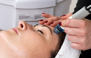 Electrolysis - Hair Removal Options / Electrolisis - Opciones de Depilacion | Clinique Dallas Medspa & Laser Center