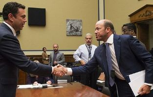 Cooper shakes hands with Representative Chaffetz after the hearing. (Credit: public domain)