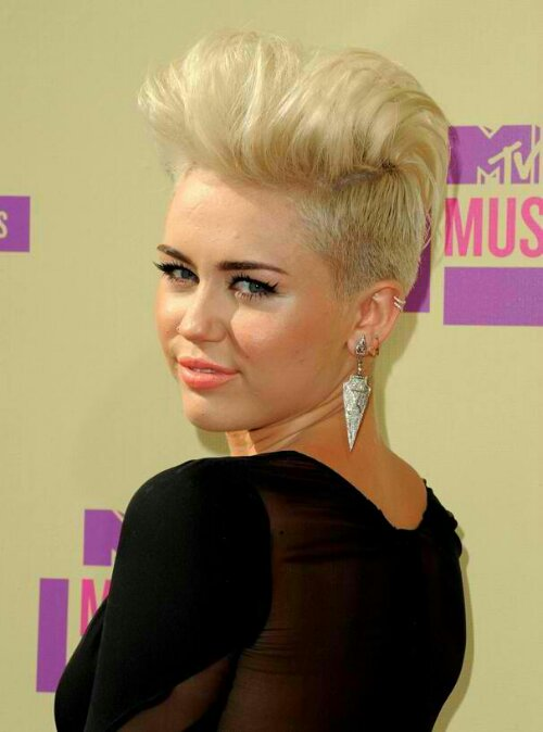 Miley Cyrus Hairstyles - becauseiamfabulouscom