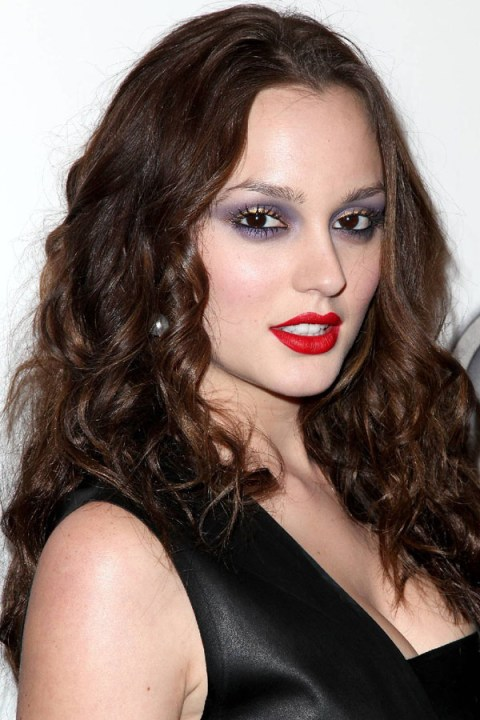 Leighton-Meester-American-Eagle-Outfitters-grand-opening-NYC-2009