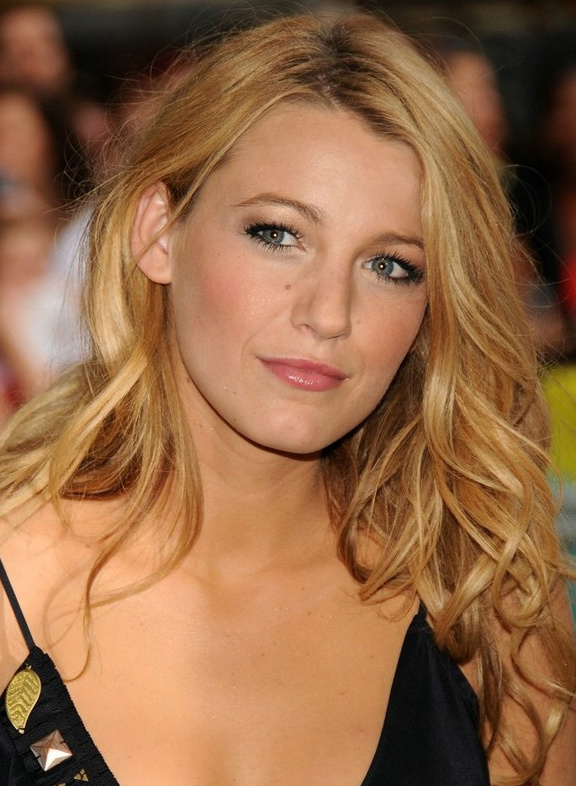 blake-lively-dark-knight-premier-1