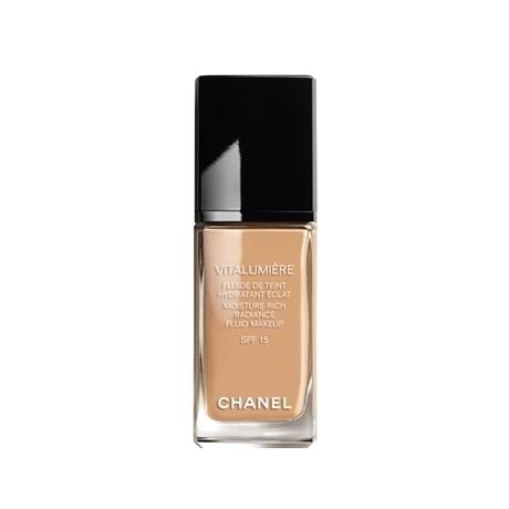 chanel-vitalumiere-foundation