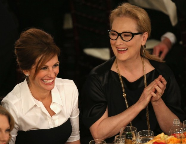 Julia-Roberts-Meryl-Streep-shared-laugh