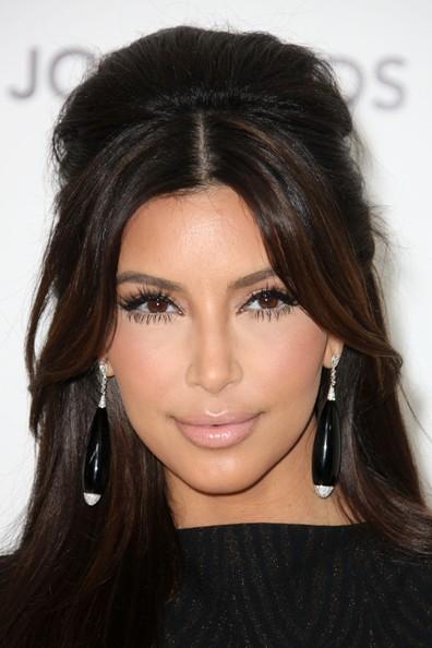 Kim+Kardashian+Makeup+Nude+Lipstick+vtk_pevzwjkl