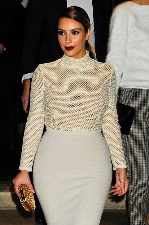 kim-kardashian-dark-lipstick-new-york-mario-testino-h724