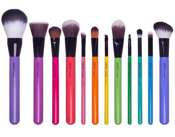 pennelli-per-make-up-minerale-di-neve-cosmetics