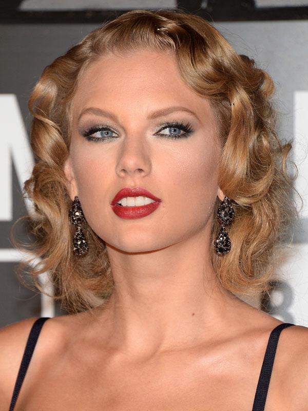 Taylor-Swift-MTV-Video-Music-Awards-2013