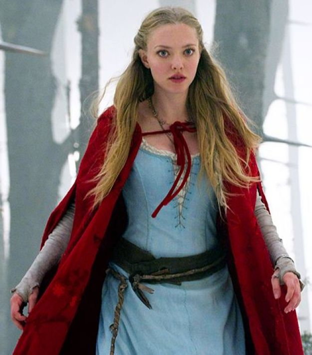 red riding hood-Amanda Seyfried -clio coolspotting