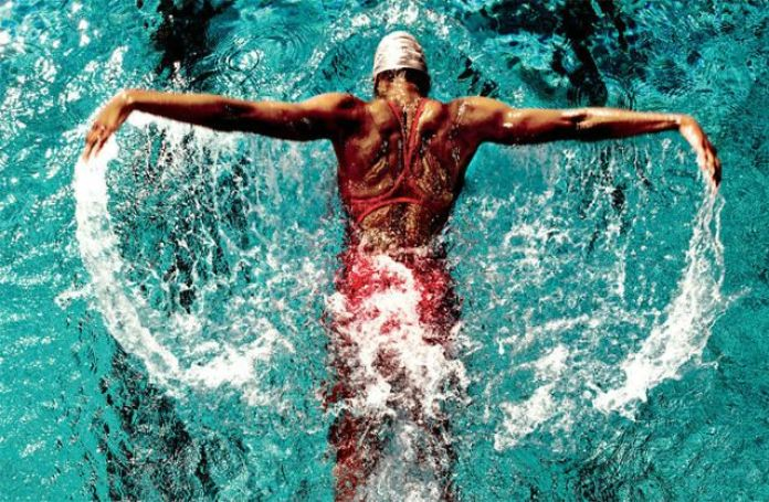 cliomakeup-fitness-in-acqua-nuoto1.jpg