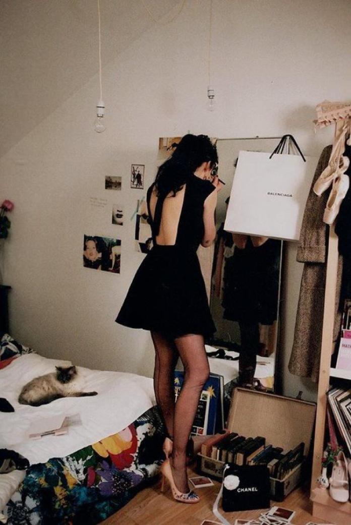 cliomakeup-come-vestirsi-al-primo-appuntamento-abito-nero-pinterest.jpg