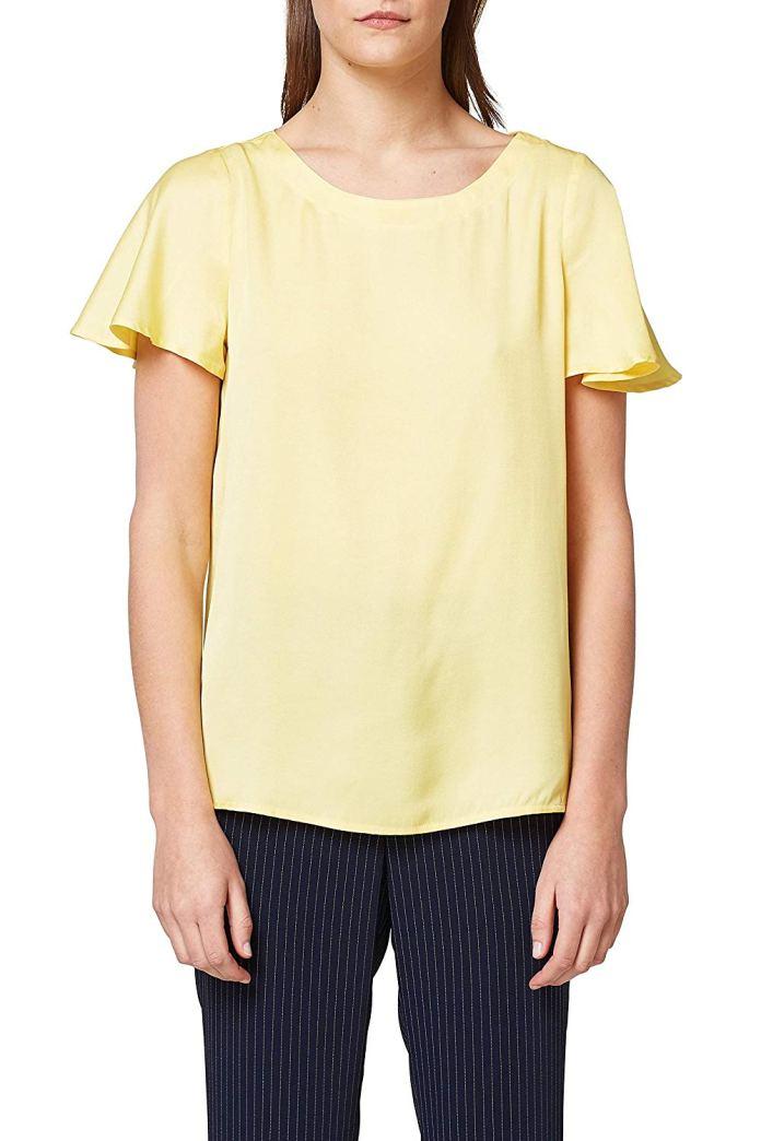 ClioMakeUp-copiare-look-Filippa-Lagerback-20-camicia-gialla