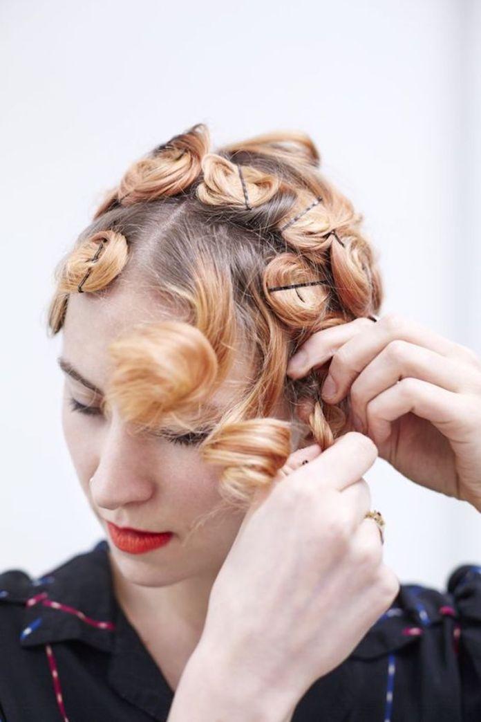 cliomakeup-capelli-mossi-senza-calore-17-mosso-forcine