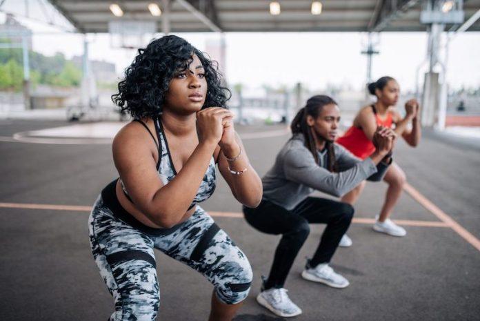 cliomakeup-gambe-perfette-3-squat-gruppo