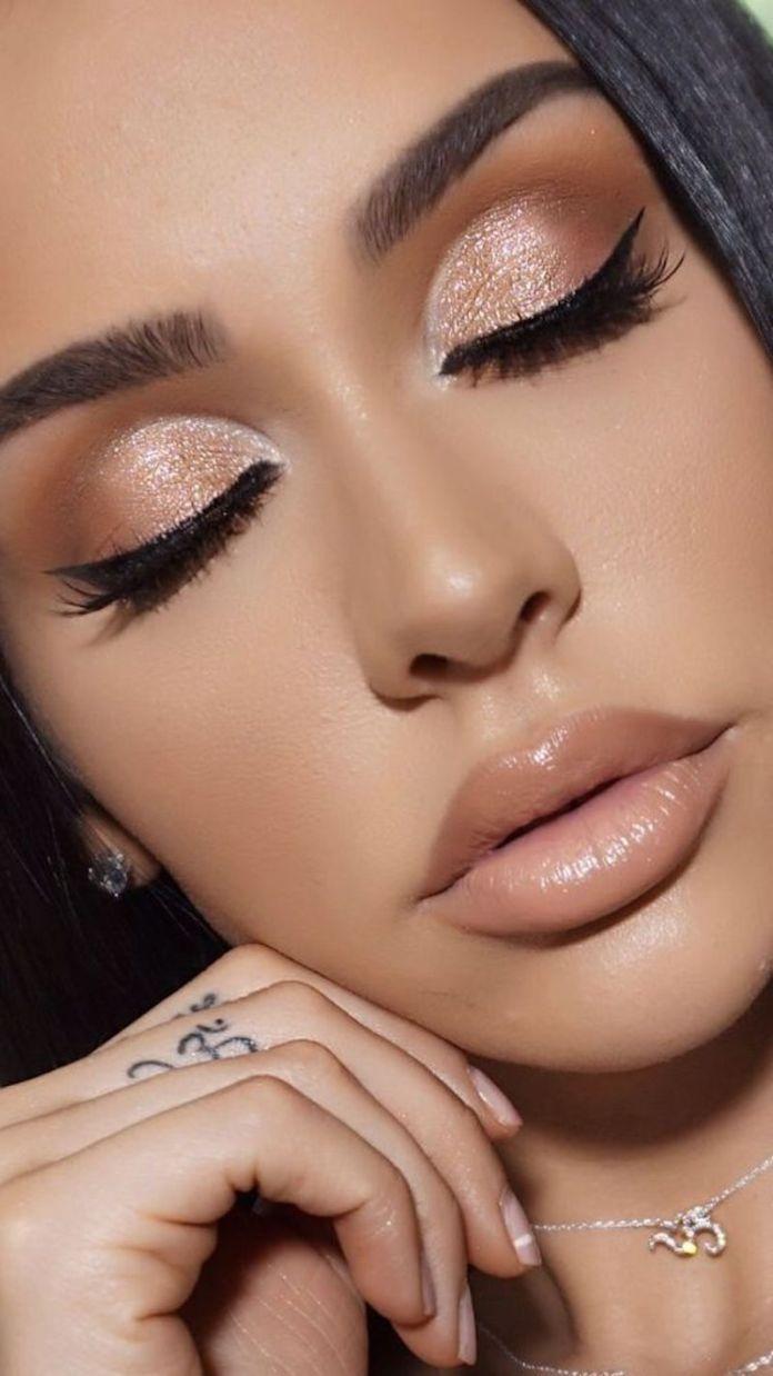 cliomakeup-realizzare-makeup-glitter-portabili-2-ombretto-glitter