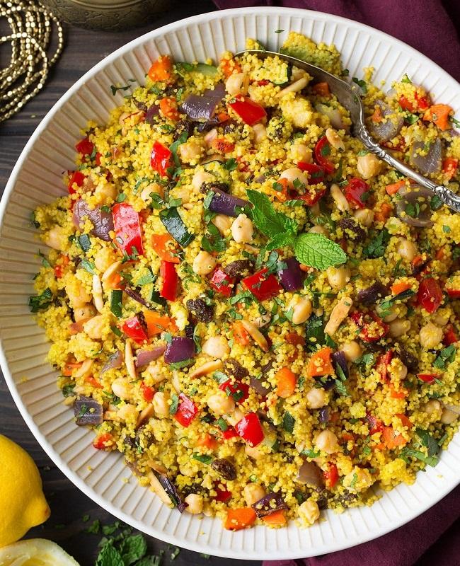 cliomakeup-ricette-pranzo-spiaggia-8-cous-cous-verdure-curry