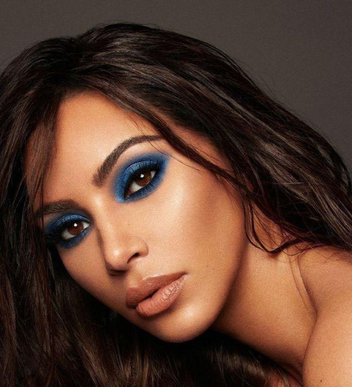 Cliomakeup-trucco-occhi-marroni-estate-8-kim-kardashian-trucco-blu