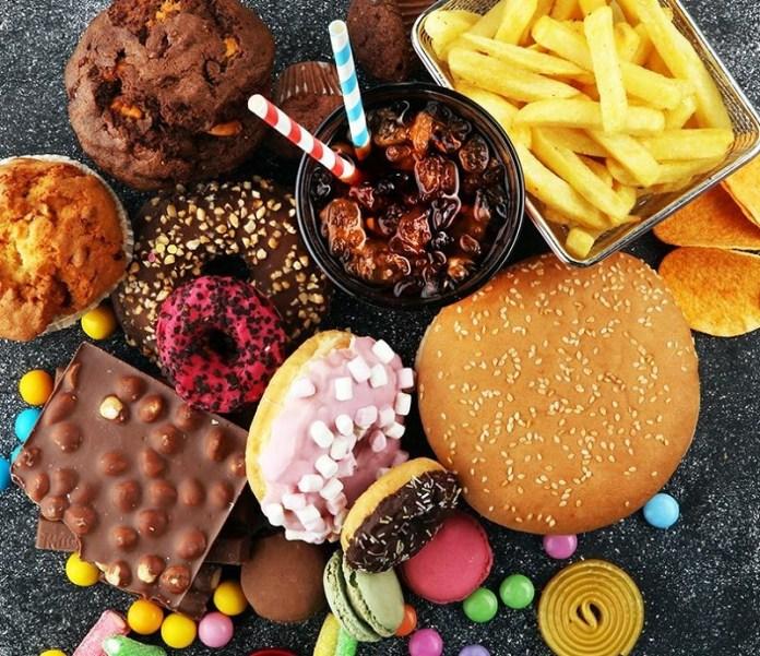 cliomakeup-dimagrire-velocemente-10-junk-food