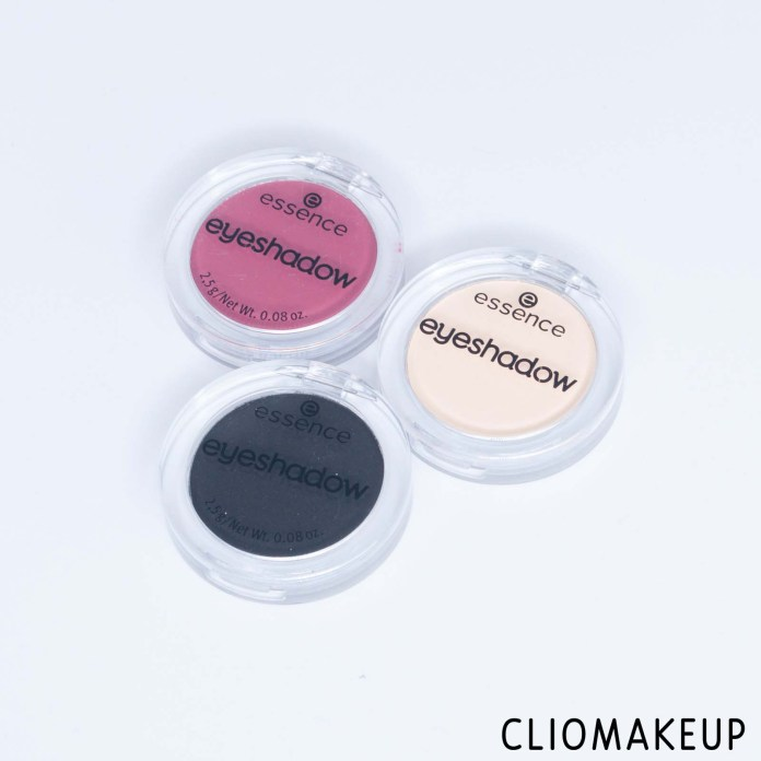 cliomakeup-recensione-ombretti-essence-this-is-me-eyeshadow-2