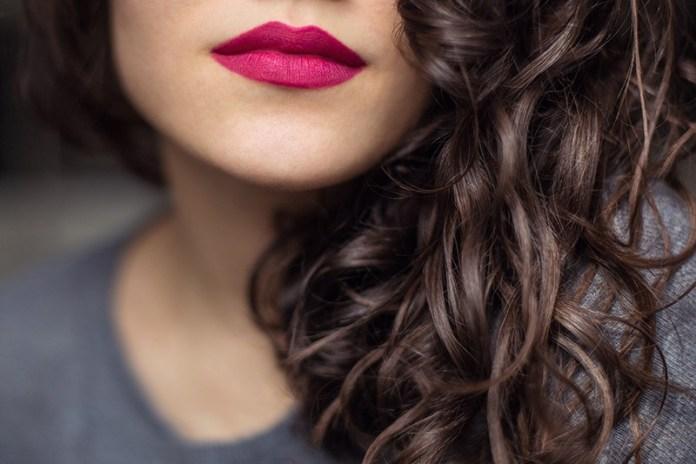 Cliomakeup-rossetti-per-capelli-castani-1-rosa-indiano