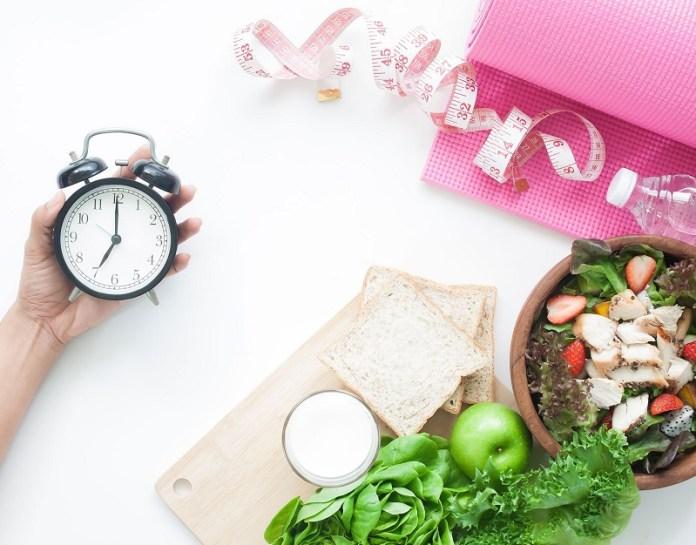 cliomakeup-digiuno-rischi-7-1-calorie-restriction-vs-fasting.jpg